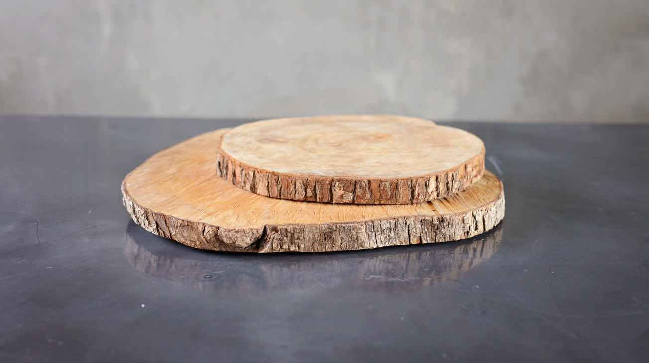 Hire Wooden Base Plates Luxury Decor