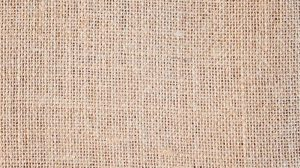 product-hessian-table-runners
